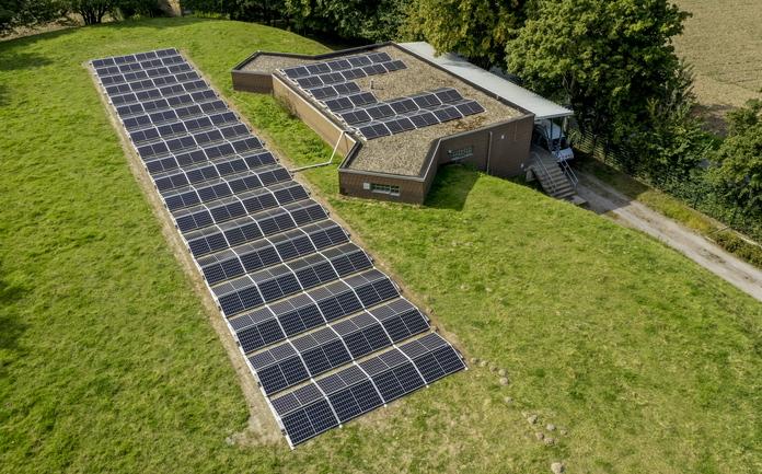 Photovoltaikanlage auf den Hochbehältern der Stadtwerke Soest in Hewingsen.